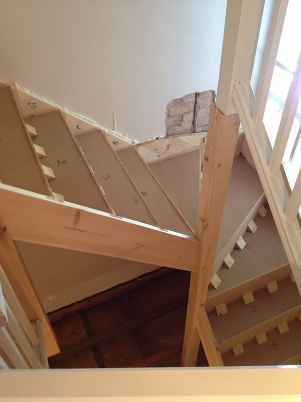 Timber staircase custom shapes